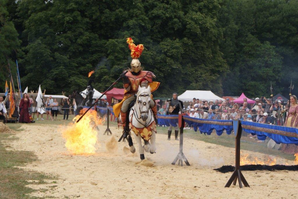 Franc succès pour les Médiévales du Blanc-Buisson les 14, 15 et 16 juillet avec plus de 2 500 spectateurs.