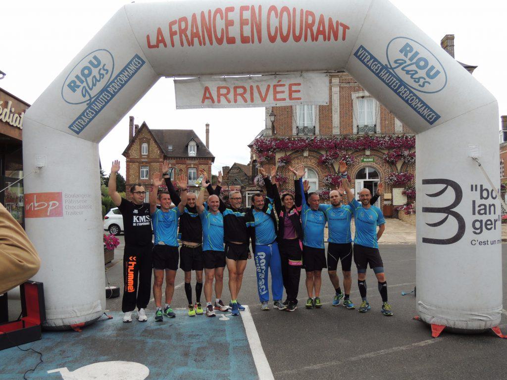 La France en Courant s'arrête à La Barre-en-Ouche avant de reprendre sa route vers Bernay