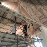 Visite de l'église de Pierre-Ronde (chantier associatif) à Beaumesnil en présence de Frédéric Epaud.