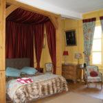chambre-au-chateau-une-nuit-dans-un-donjon-medieval